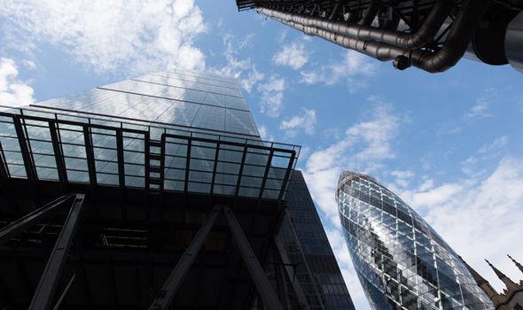 (유럽1-암스테르담 런던은행 러브콜) 익스프레스지.jpg